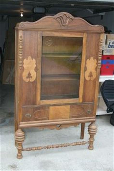 gettysburg furniture company china cabinet 1000 images about pieces i am looking for on pinterest