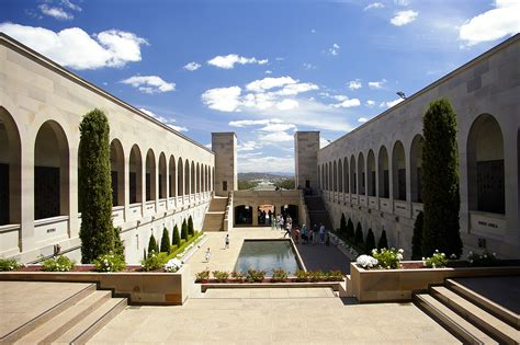what is a courtyard file australian war memorial courtyard jpg wikimedia commons