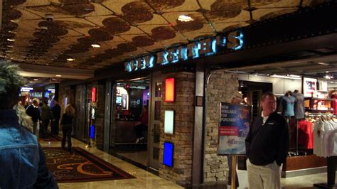 toby keith vegas bar toby keith s i love this bar grill las vegas