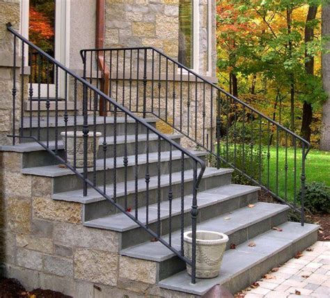 Outside Banister Railings by 1000 Ideas About Outdoor Stair Railing On
