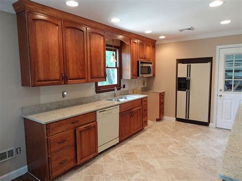 hickory cabinets kitchen kitchen colors hickory cabinets quicua com