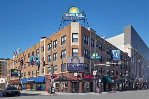 inn of chicago chicago s rock and roll days inn to become lifestyle