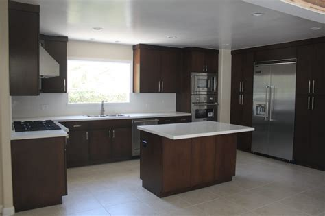 flat kitchen cabinets o jpg