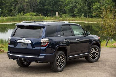 toyota four runer 2017 toyota 4runner reviews and rating motor trend