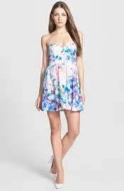 Camerons Kinda Sorta Dress by Wornontv Liv S Floral Strapless Dress On Liv And Maddie