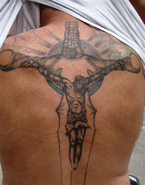 jesus inri tattoo designs crucifix tattoo on back