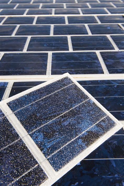 piastrelle fotovoltaiche asfalto fotovoltaico la francia lo stender 224 su 1000 km di