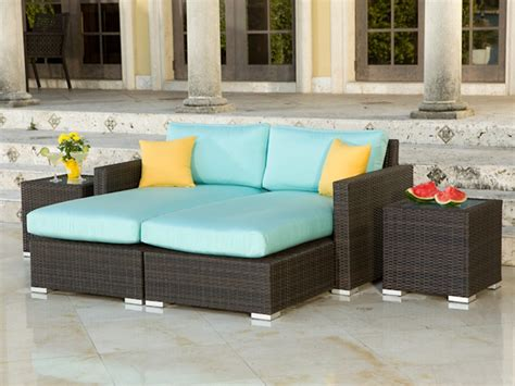 Source outdoor lucaya wicker 4 piece sectional chaise lounge set wicker com