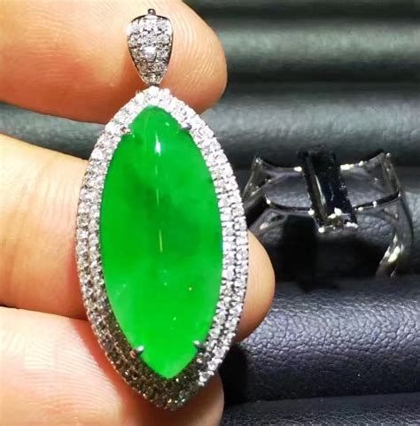 Giok Asli Tiongkok perhiasan dan kesehatan batu giok asli myanmar dan