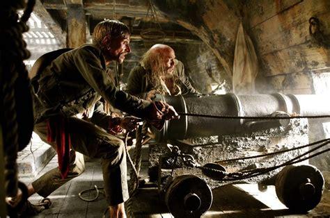 0007465955 sparrow the story of joan photo du film pirates des cara 239 bes la mal 233 diction du