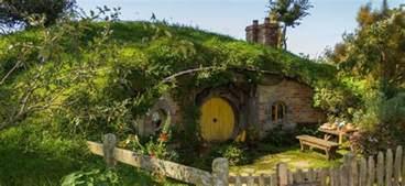 comment construire une de hobbit dans jardin