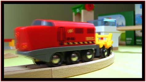 brio train video brio toys demo railway bridge toy trains construction