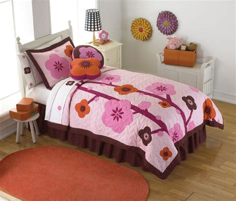 Hanna Quilt Bedding Pink Quilt In Twin And Full Queen For