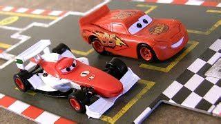 film animasi mc queen disney pixar cars 2 racing starter game set lightning