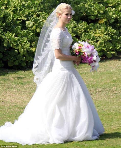 Veli Pepaya elizabeth smart wedding photos 1st pictures of