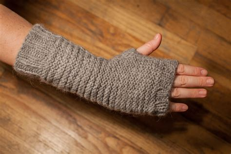 knitting pattern hand warmers gloves