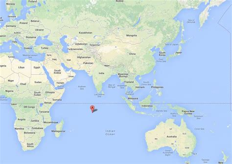 diego garcia map diego garcia island atoll us base is rumored landing spot for malaysia flight mh 370