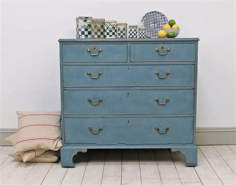 heavily distressed georgian oak chest of drawers by