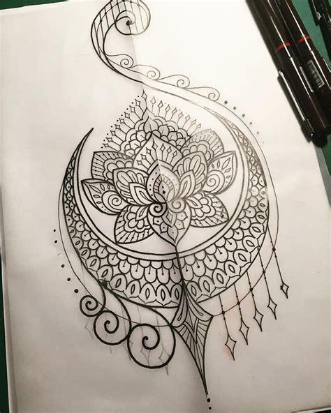 mandala tattoo long m 225 s de 25 ideas incre 237 bles sobre mandala en forma de luna