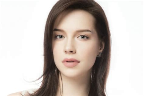 pictures of very long hair flipped at ends 24 best long bob haircuts lob hairstyles updated for 2018