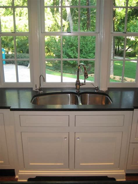 Kitchen Sink Window Treatments 12 Best Images About Kitchen Windows On Window Treatments In Kitchen And Sink