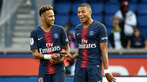kylian mbappe and neymar neymar quot i have a contract with psg and i m staying in paris quot
