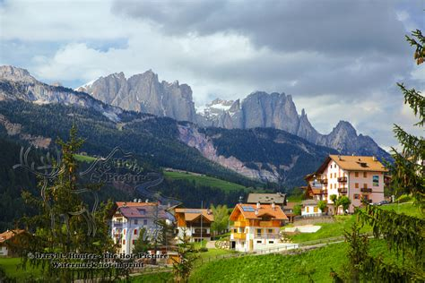 dolomite mountains italy picture dolomite mountains italy moena italy dolomite mountains