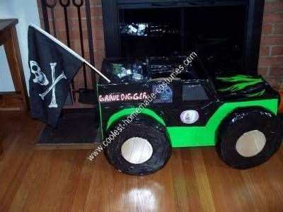 grave digger costume truck 17 best floats images on truck costume