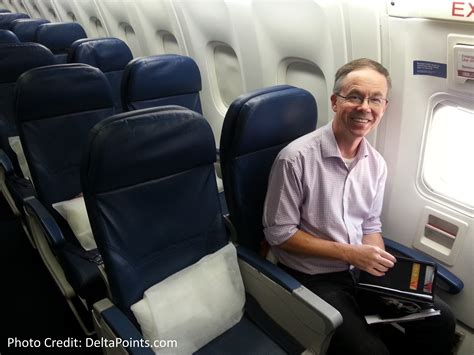 what is a preferred seat on delta exit row seats delta a330 atl to ams delta points 1