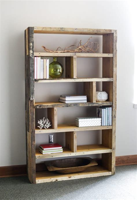 bookcase diy best 20 rustic bookshelf ideas on pinterest bookshelf diy diy furniture plans wood projects