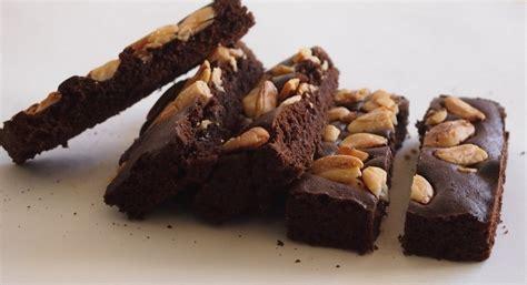 cara membuat brownies kukus irit telur 4 resep kue brownies lezat idola semua keluarga