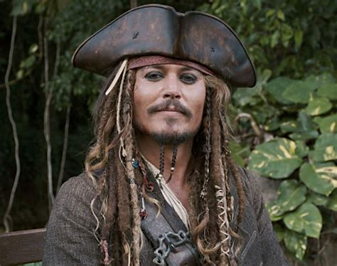 how to create a captain jack sparrow pirate costume johnny depp makes surprise appearance as captain jack