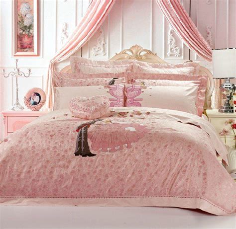 bed bedspreads bride bridal wedding bedroom bridal