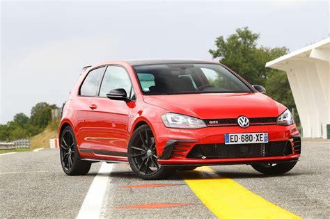 Volkswagen Gti Vs Golf by Volkswagen Golf 1 Gti Vs Golf 7 Gti Clubsport C 233 Tait