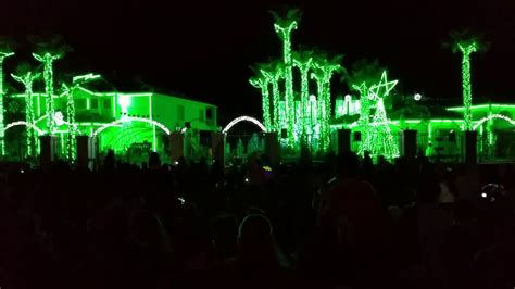 fred loya christmas lights show dec 2014 el paso tx doovi