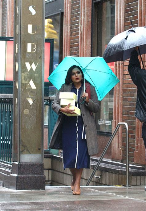 mindy kaling late night mindy kaling gossip latest news photos and video