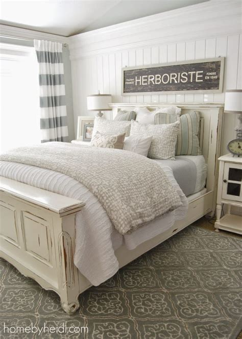create a stunning nautical themed bedroom l essenziale 11 stunning farmhouse master bedrooms lolly jane