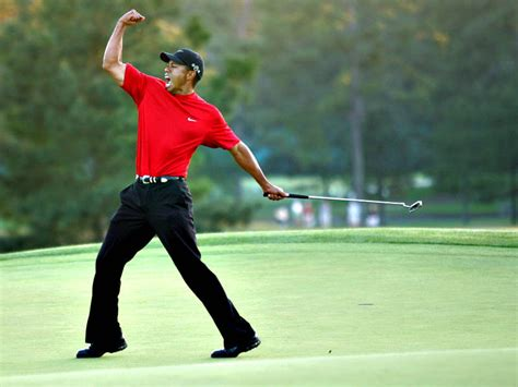 swing master golf tiger woods fist pump 2005 masters wallpaper