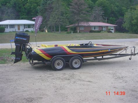 baker boats baker rally sport tunnel hull 20 ski boat speed boat