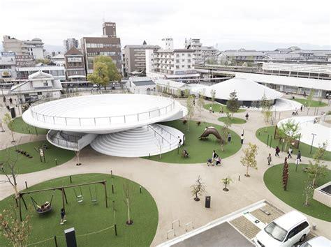 home design plaza in ta 天理駅前広場 cofufun コフフン 佐藤オオキデザインによる古墳モチーフの広場がフフン とオープン