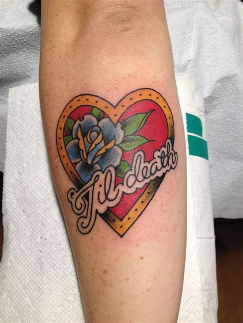traditional heart tattoo designs best 25 traditional tattoos ideas on