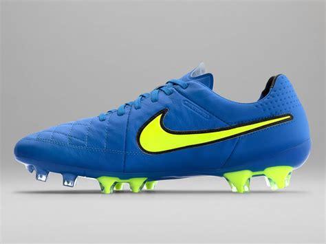 imagenes nike tiempo nike launch new soar blue volt tiempo legend v football