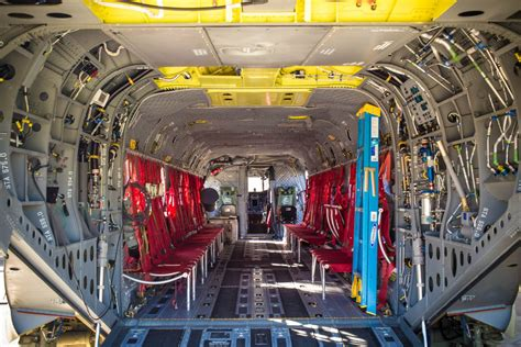armys ch  chinook helicopter pictures cnet