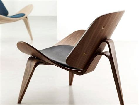 iconic chairs iconic modern designs the ch07 shell chair residential