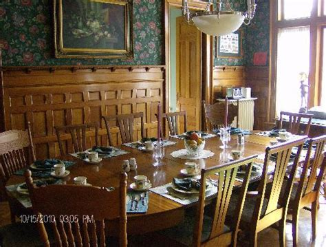 Inn Dining Room by Living Room Picture Of The Towers Inn Ridgway