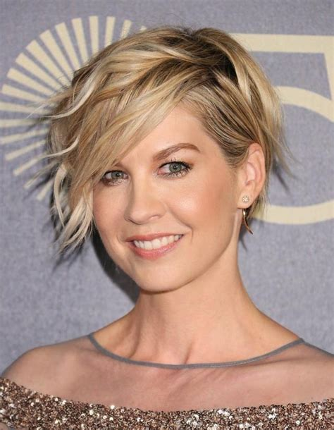 best 25 hairstyles for oblong faces ideas on pinterest oblong face haircuts best haircut for 20 best collection of short haircuts for long chin