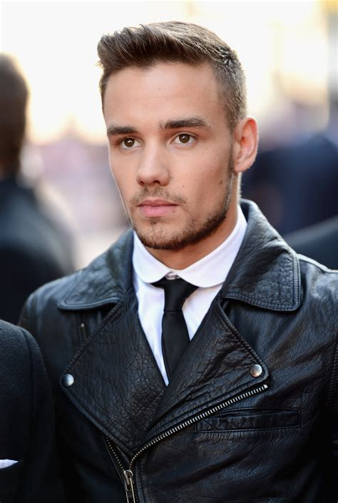 one direction s liam payne apologises over cannabis video