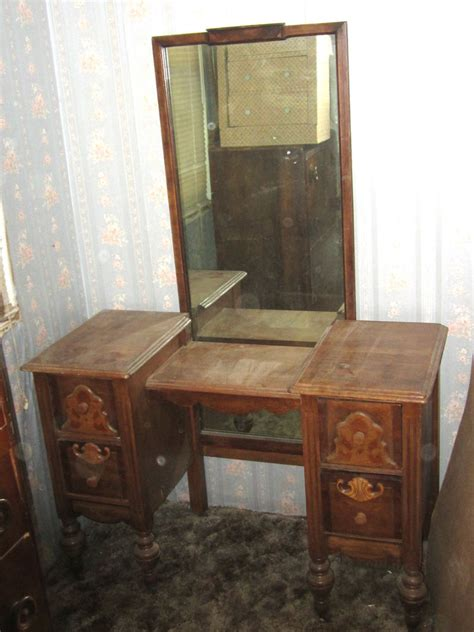 Vintage Makeup Vanity Table Antique Vintage 1800 S 1900 S Yr Bedroom Vanity Makeup Table With Mirror Ebay