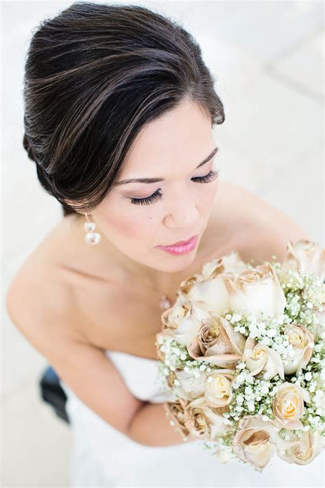 Handbouquet Goldwhite mint green and gold styled wedding shoot with a dipped bouquet brenda s wedding