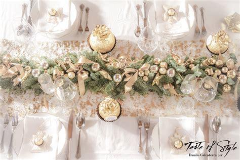 allestimento tavola di natale quando la tavola di natale si veste d oro taste of style